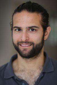 Amsterdam, Top Fysio medewerker Omer Ben Zwi.